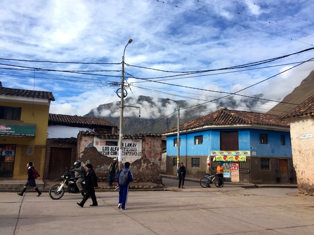 Locals on the street on the Lares Trail.