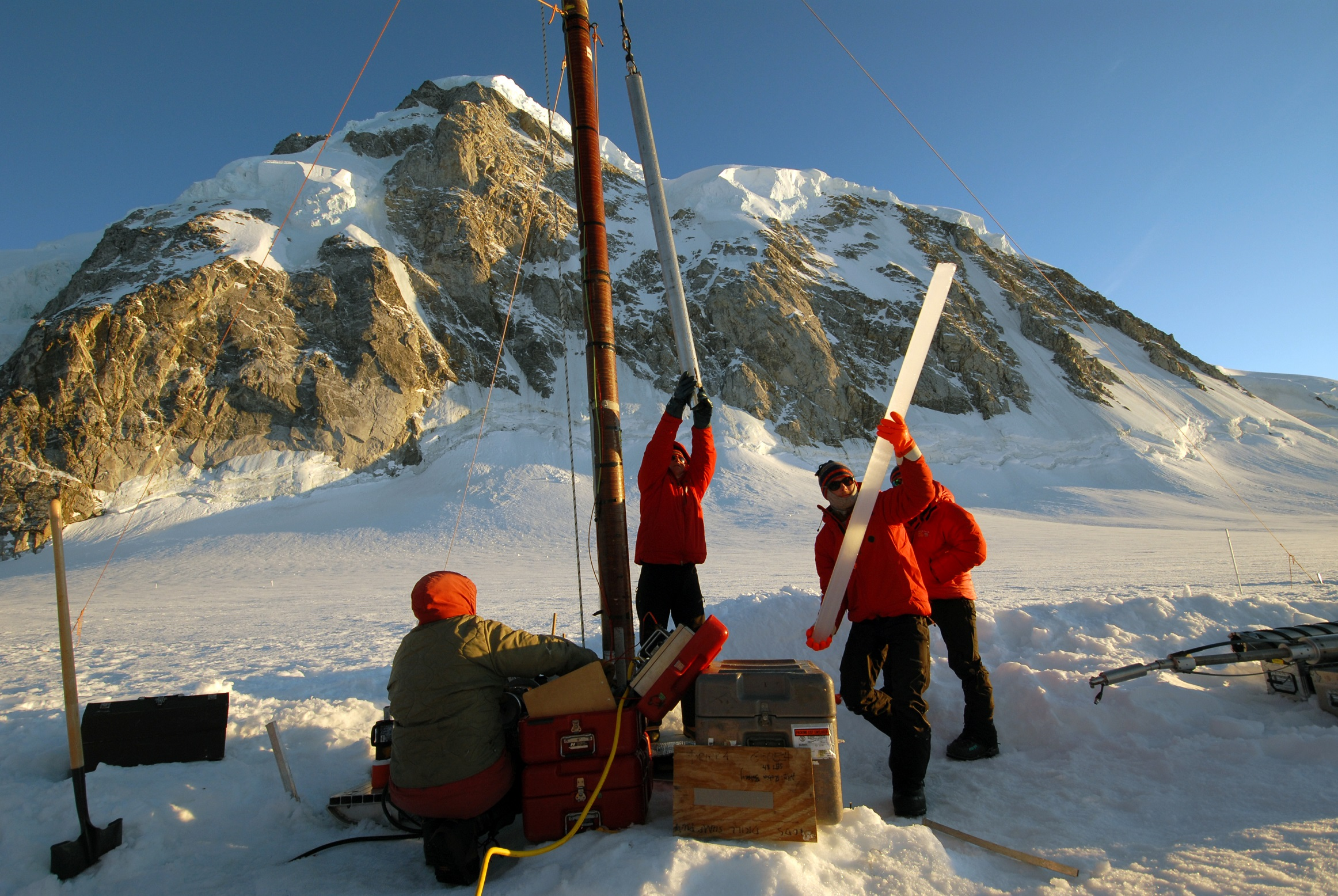 ice core extraction in antarctica