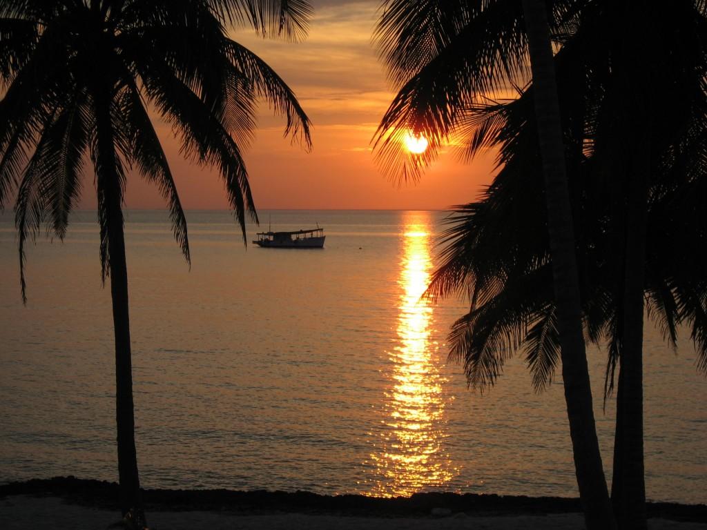 Sunset over Cuba beach Photocredit: Wikimedia