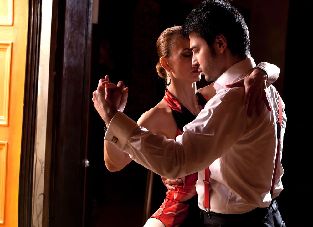 Salsa Dancing_shutterstock