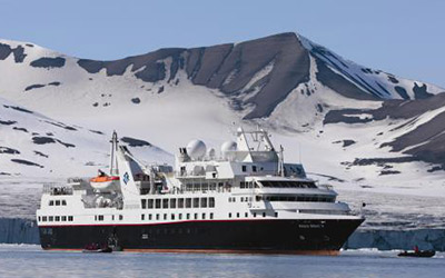 Enjoy a cruise to Antarctica aboard the Silver Explorer