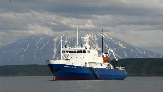 Spirit of Enderby Cruise Ship