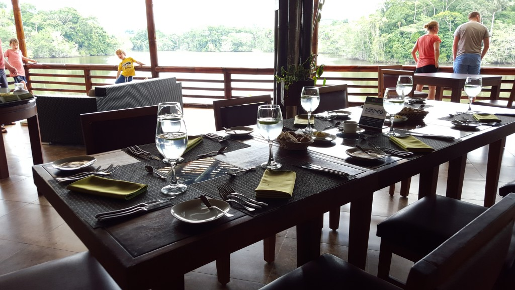 table setting La Selva