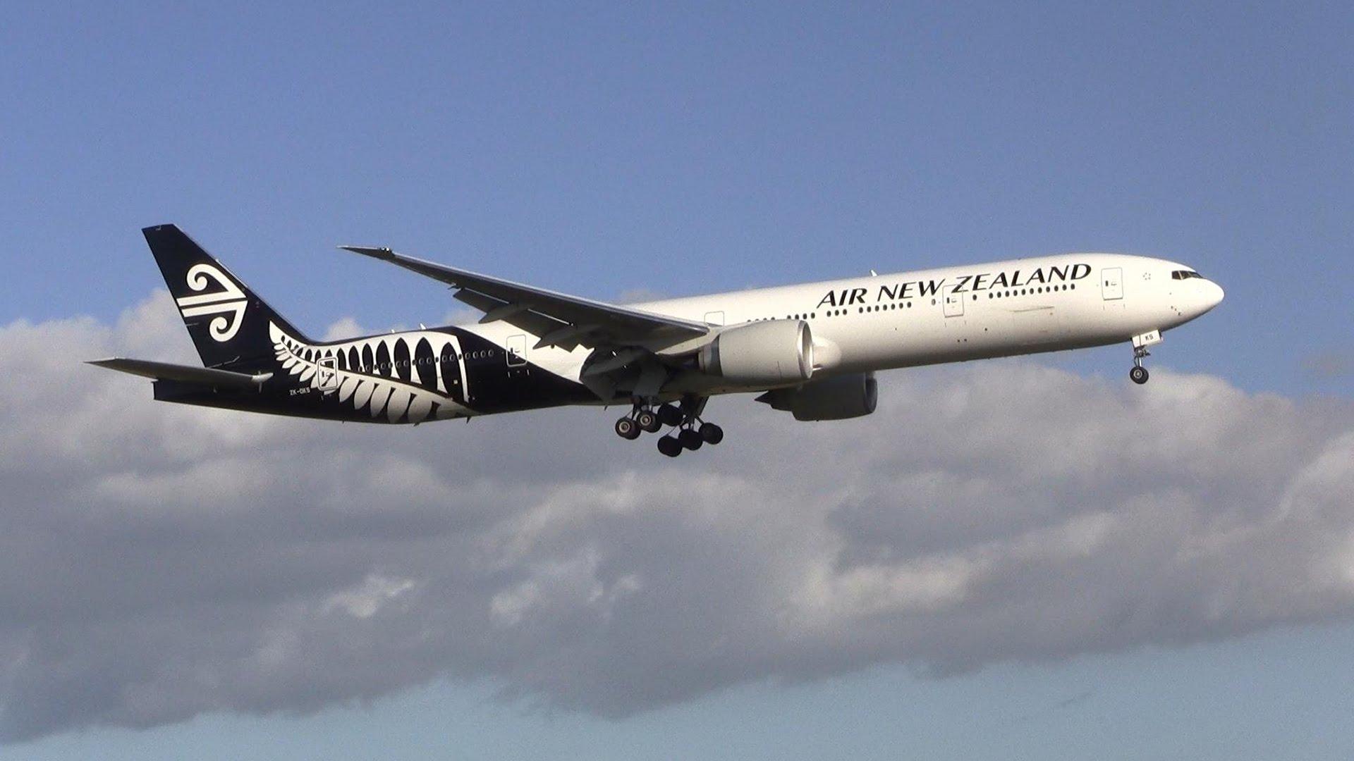 Air NEw Zealand Boeing 777-319ER. Photo Credit: Aviation NLNZ