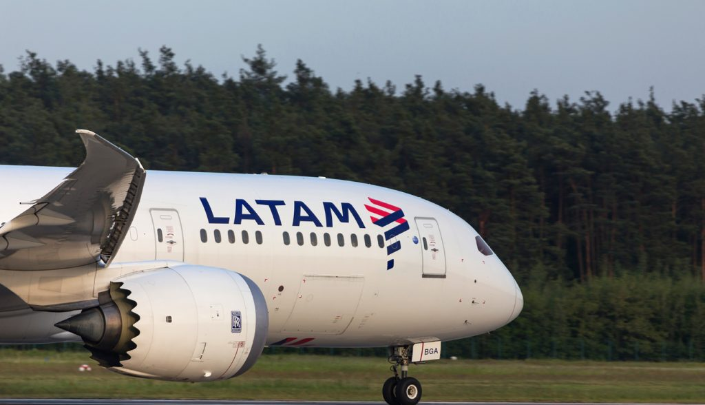 Latam airplane