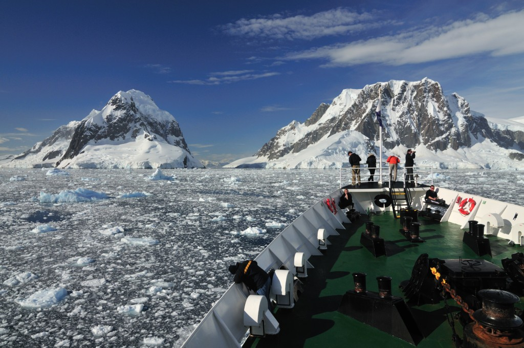 Small ship cruise in Antarctica