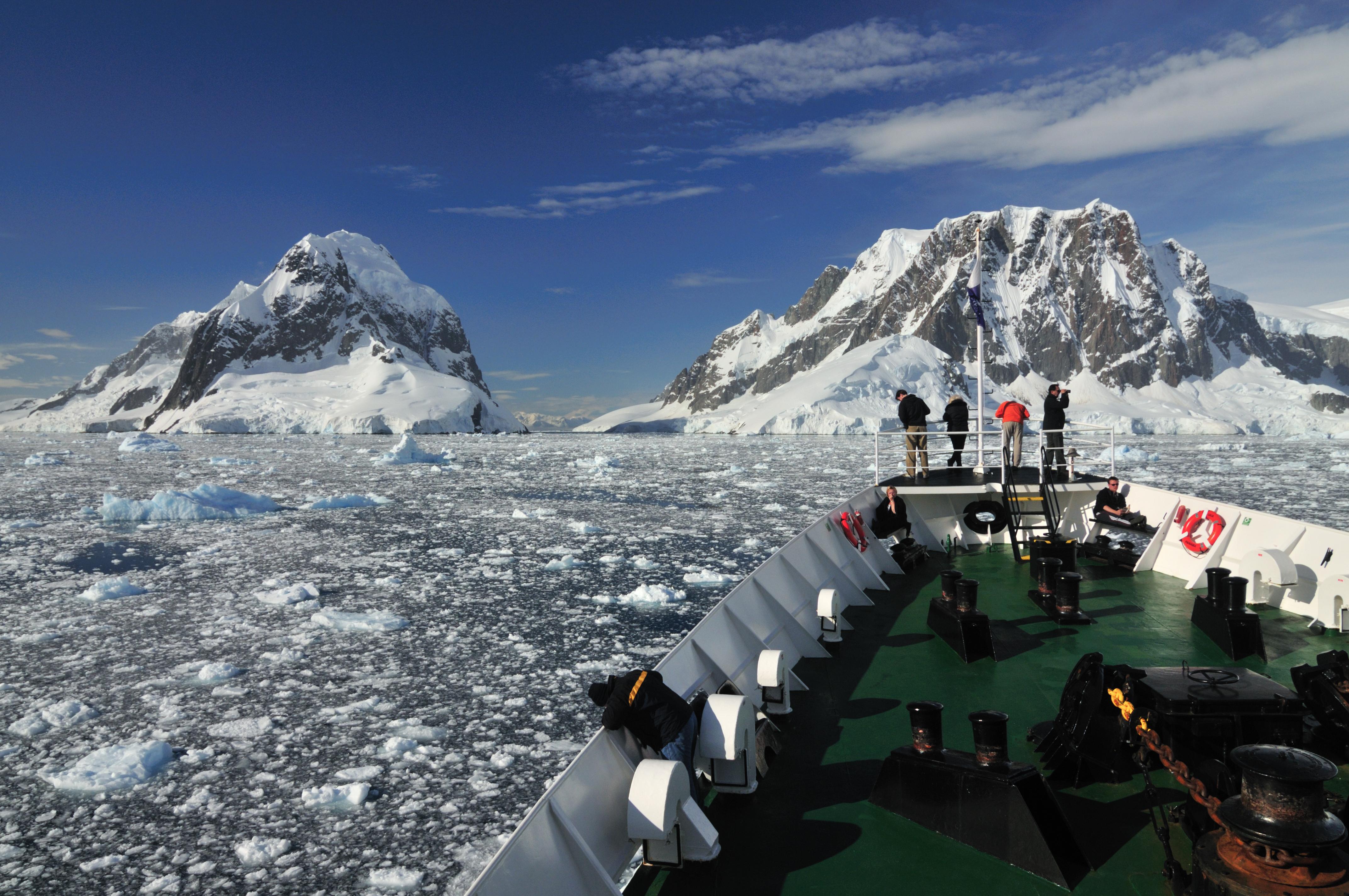 Antarctica_ship_view_shutterstock
