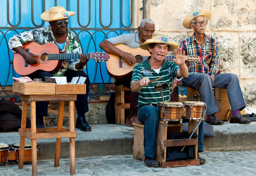 Street musicians havana