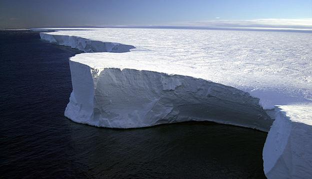 Iceberg B-15A, Antarctica. Photo: NSF/Josh Landis