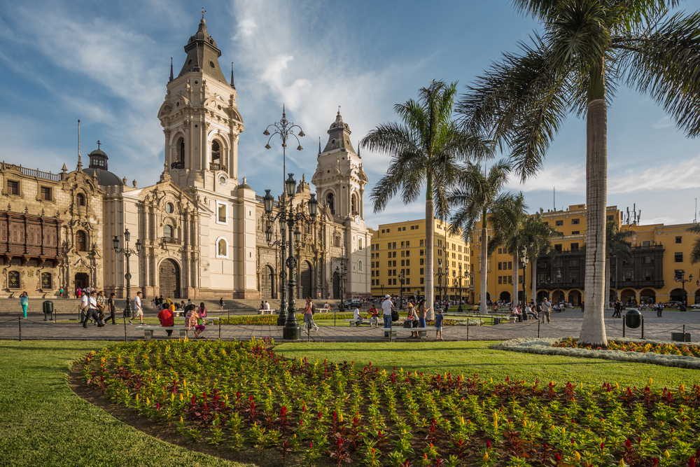 a quare in lima with a cathedral