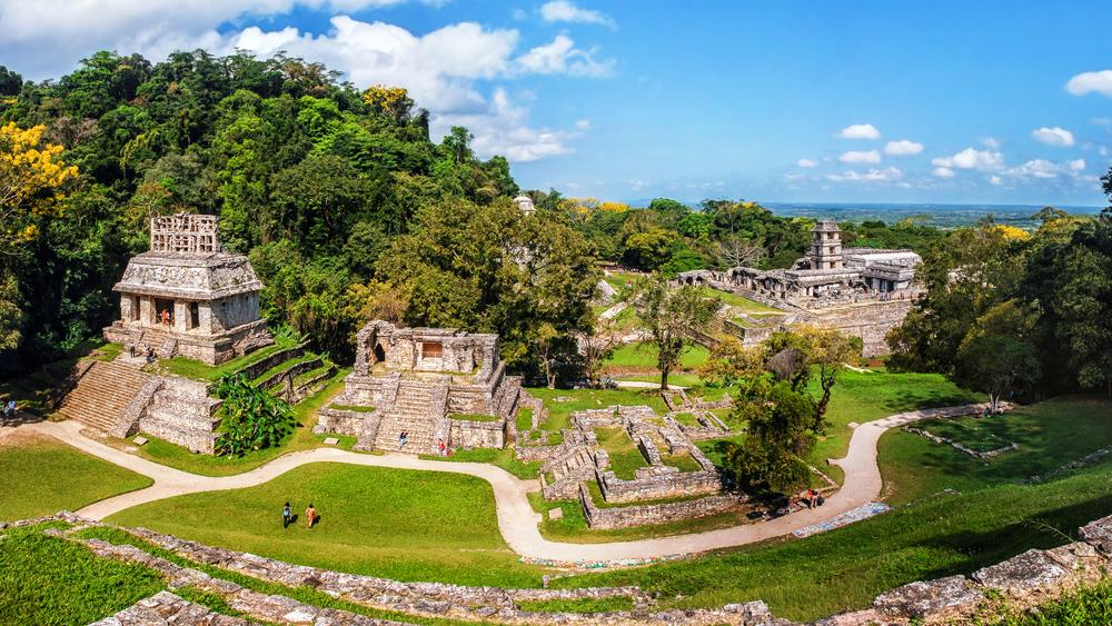 palenque acient maya ruins mexico