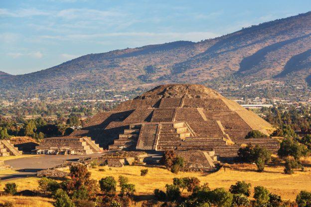 ancient incan ruin in mexico