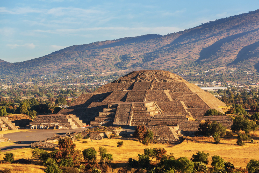 ancient incan ruin in mexico