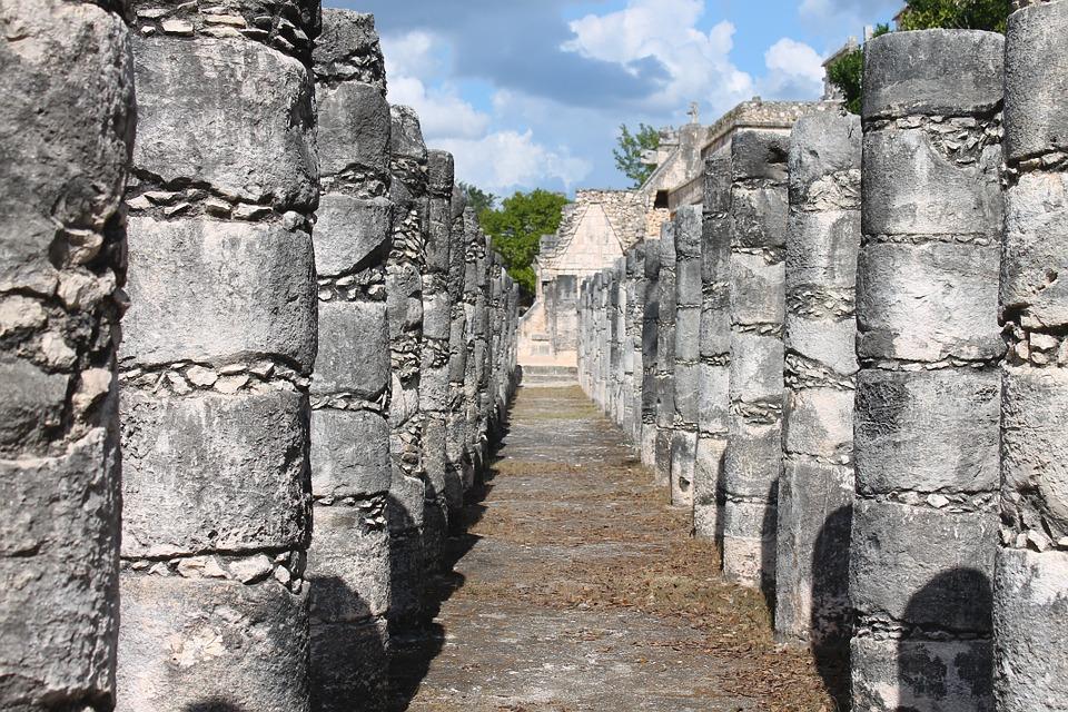 ancient mayan ruin in mexico