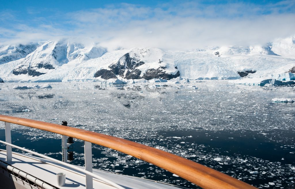 Cruise Antarctica.