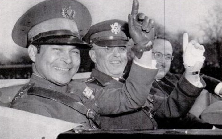Batista, on the left, with us Army Chief Malin Craig