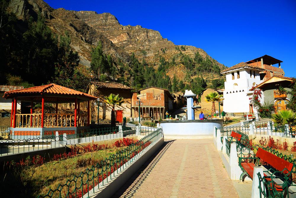 Alpine village of Llamac.