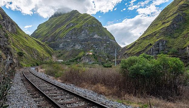 The Tren Cucero's track winding through the Andes Mountains, Ecuador
