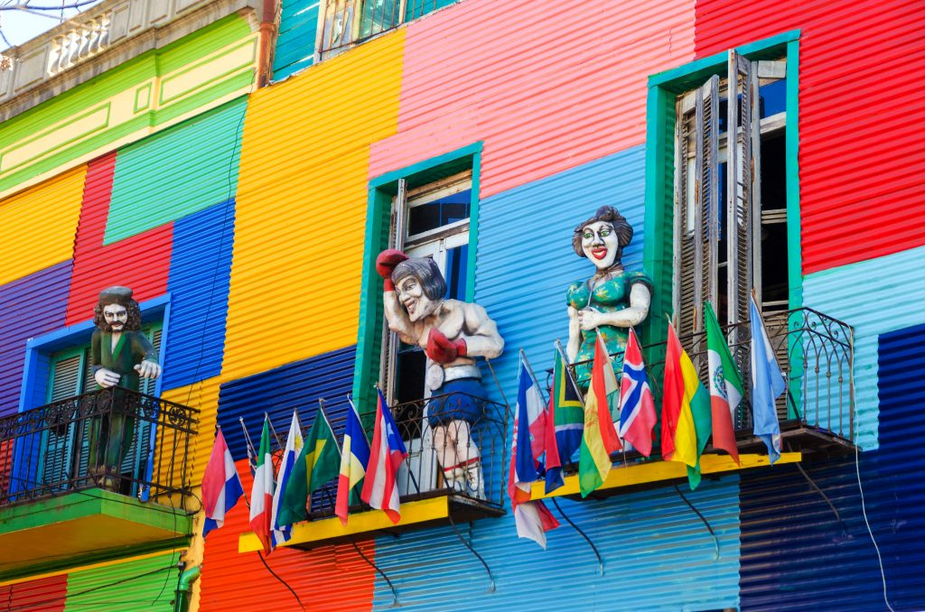 Explore the colourful neighbourhood La Boca in Buenos Aires