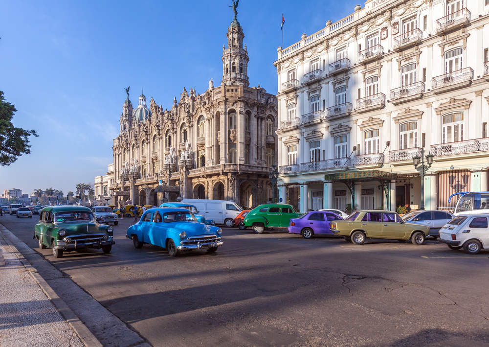 Drive the old classic cars in Cuba