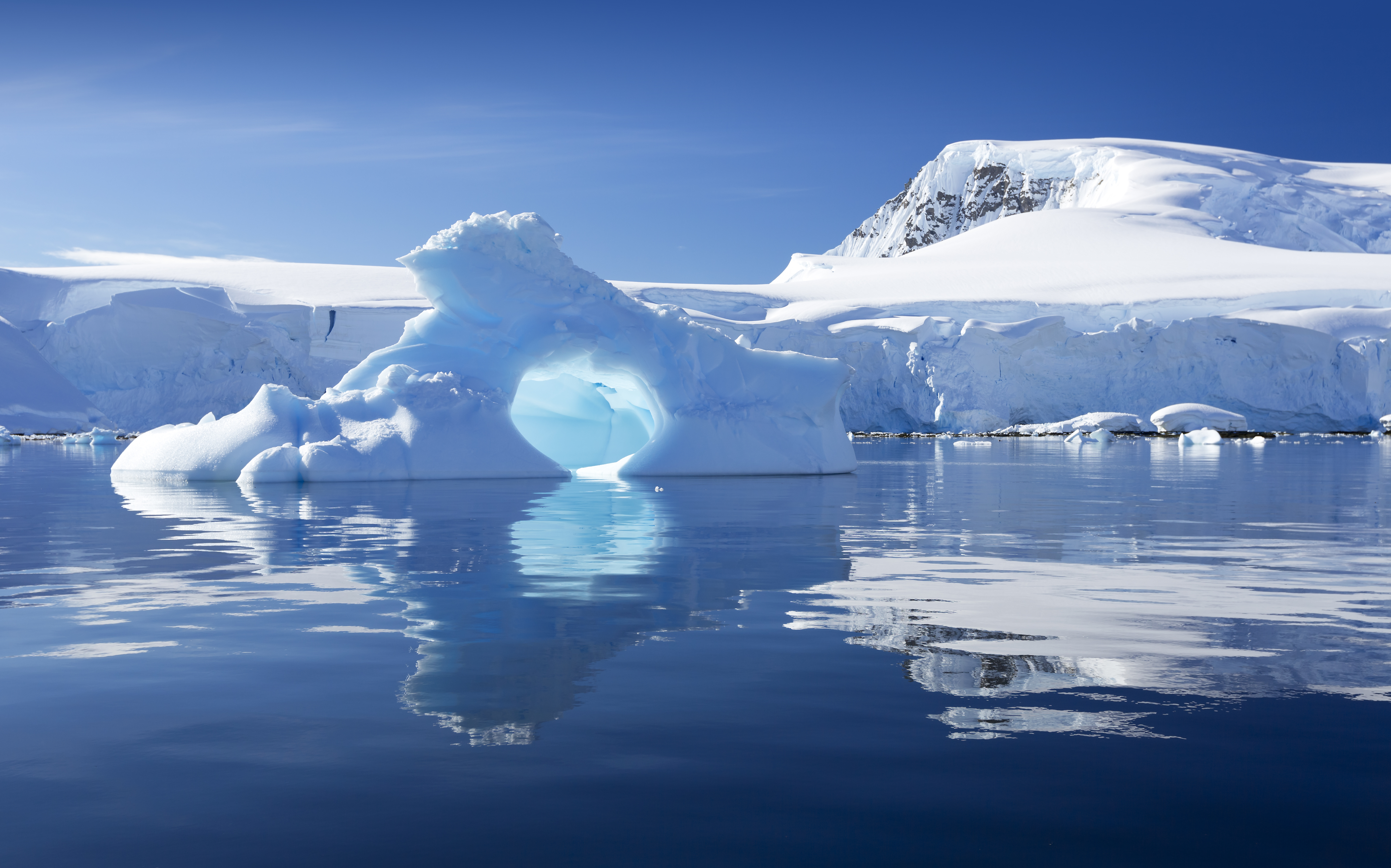 Best time to travel to antarctica everything you need to for Can i visit antarctica