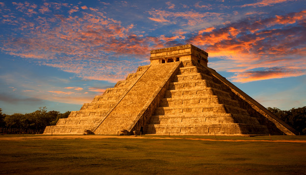 El Castillo (The Kukulkan Temple) of Chichen Itza, mayan pyramid in Yucatan, Mexico. Photo Credit: Shutterstock.
