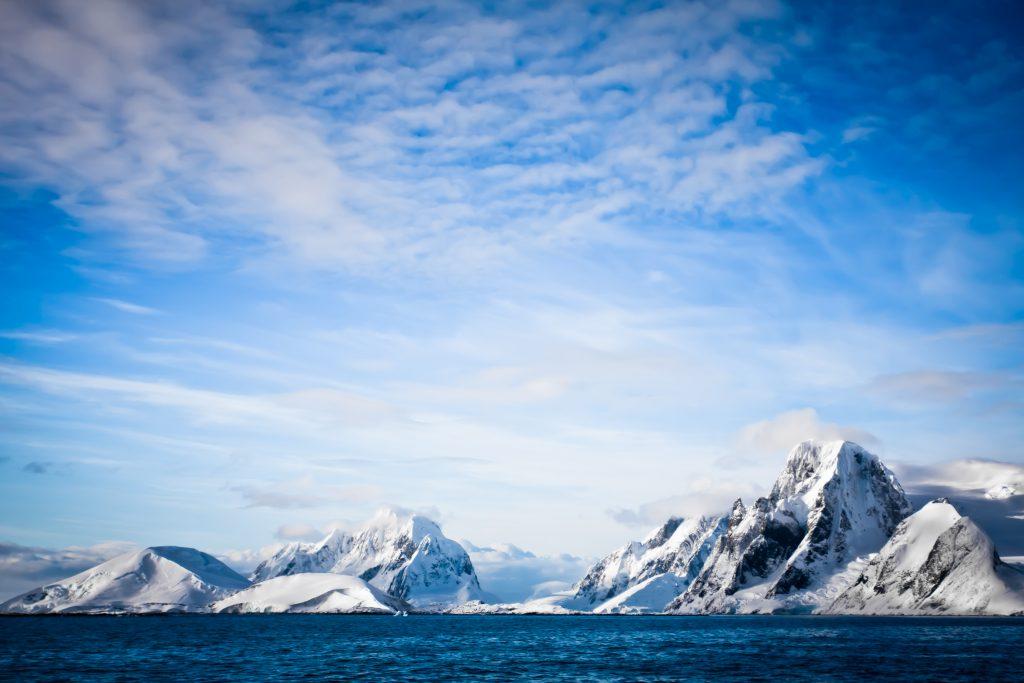Antarctica_Scenery credit shutterstock