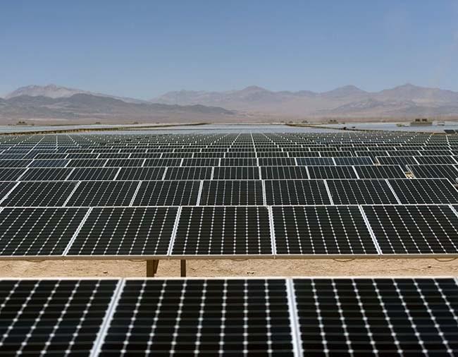 chile-el-salvador-sunpower-atacama credit shutterstock