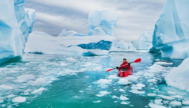 Kayaking in Antarctica. Photo Credit: Shutterstock