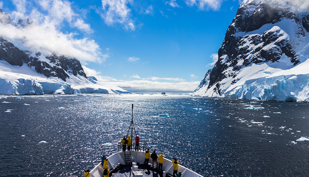 The icebergs and mountains in Antarctica
