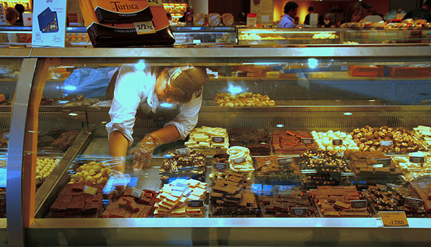Image of a chocolate store in Bariloche, Argentina