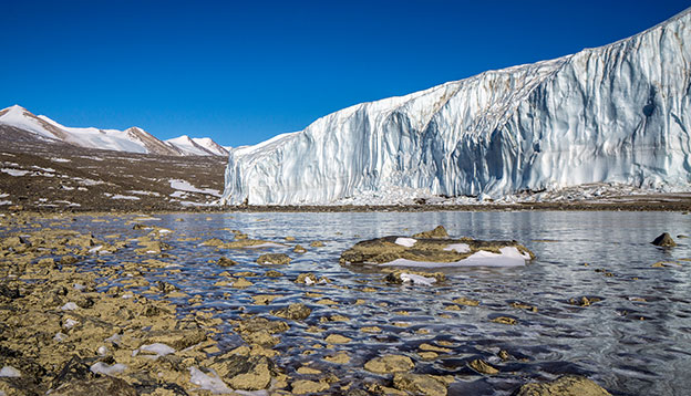 Dry Valley glaciers in East Antarctica